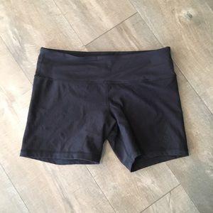 All black reversible lululemon workout shorts 8